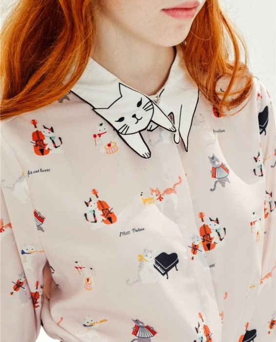 Blusas con estampados bonitos y kawaii; camisa con cuello de gato y con gatos tocando instrumentos