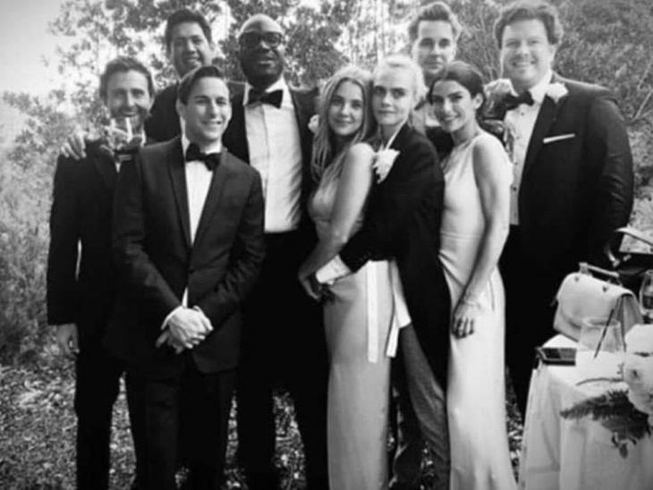 Rumores dicen que la modelo Cara Delevingne y la actriz Ashley Benson se casaron