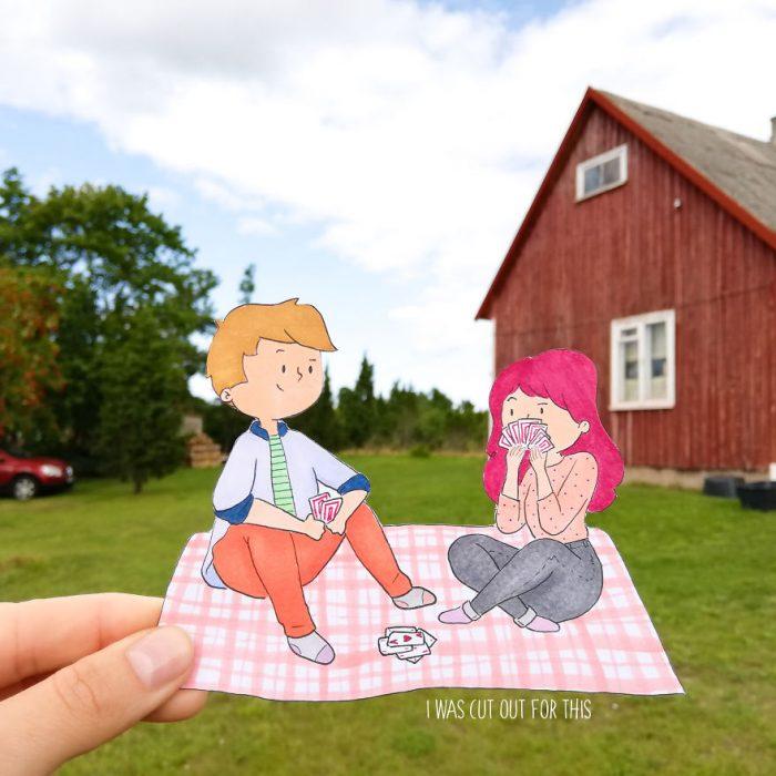 Ilustraciones de Ana Stretcu durante sus vacaciones, junto a su novio en un picnic