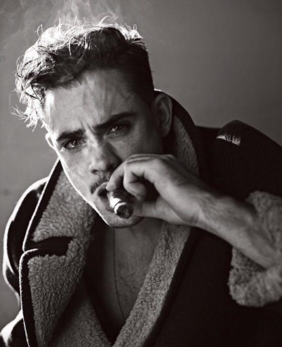 Fotos de Dacre Montgomery con parecido a Wolverine