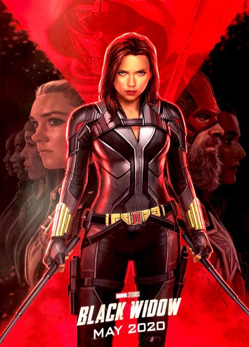 Estrenos de Disney+; poster de Black Widow con Scarlett Johansson