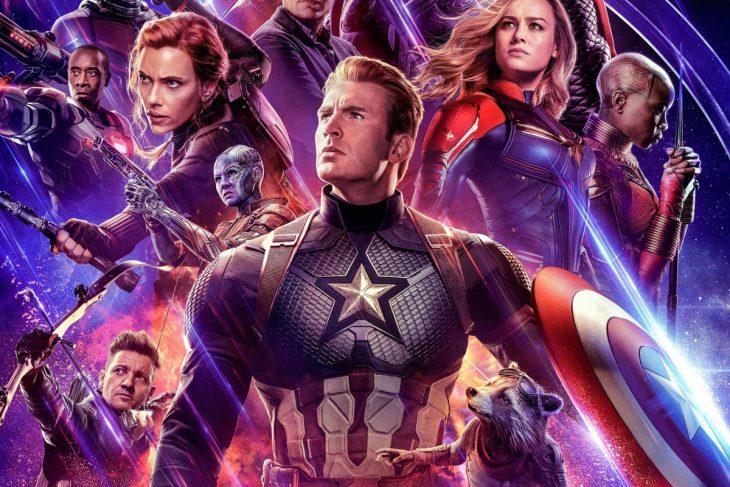 Cartel de Avengers Endagme