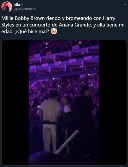 Harry Styles bailando en el concierto de Ariana Grande con Millie Bobby Brown