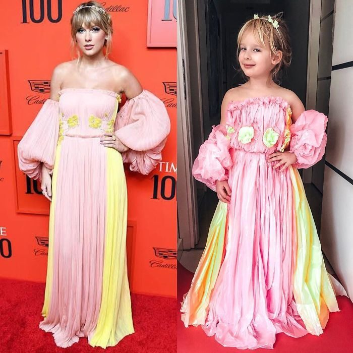 Taylor Swift junto a Alya Chaglar llevando un vestido similar creado por Stefani Chaglar