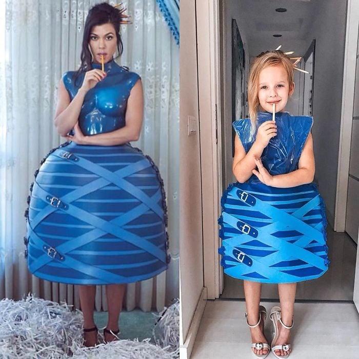 Kourtney Kardashian junto a Alya Chaglar llevando un vestido similar creado por Stefani Chaglar