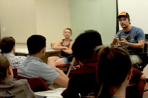 Matthew McConaughey impartiendo una clase en la Universidad de Texas