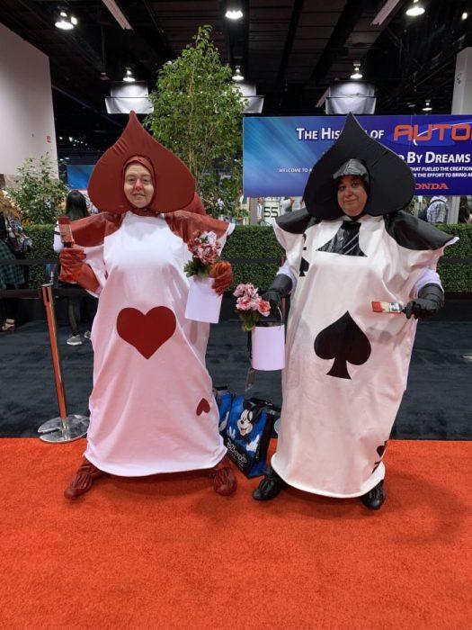 Cosplay de barajas inspirado en Alicia en el país de las maravillas, Expo D23, Disney