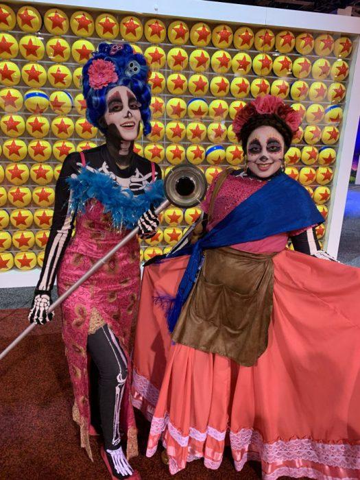 Cosplay inspirado en Coco en la Expo D23, Disney
