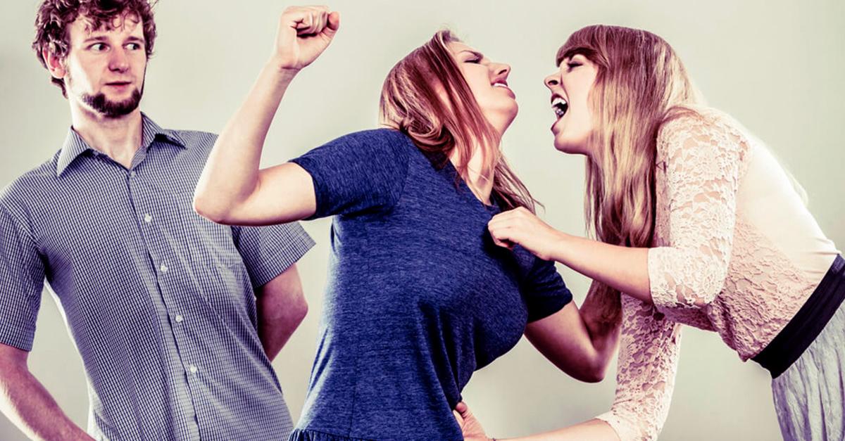Tras una infidelidad... ¿por qué culpamos a la amante?