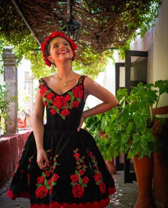 Los 10 Vestidos Más Hermosos Que Usó ángela Aguilar