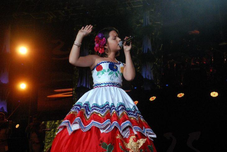 Ángela Aguilar 9