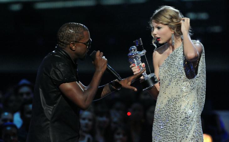Acontecimientos de la cultura pop que sucedieron en septiembre del 2009; Kanye West y Taylor Swift