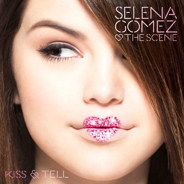Acontecimientos de la cultura pop que sucedieron en septiembre del 2009; Selena Gomez and the scene, Kiss and tell