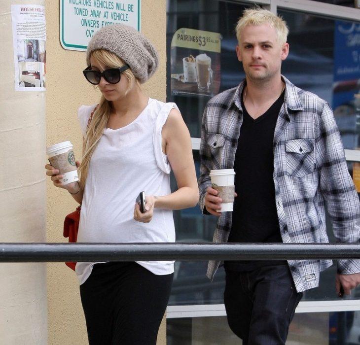 Acontecimientos de la cultura pop que sucedieron en septiembre del 2009; Nicole Richie and Joel Madden