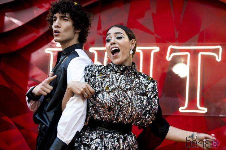 Jorge López y Danna Paola durante la presentación de la serie 'Élite'