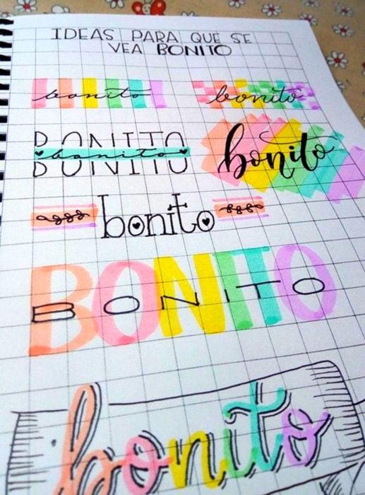 Apuntes bonitos en libretas para estudiar en la escuela; título con letra creativa y colorida