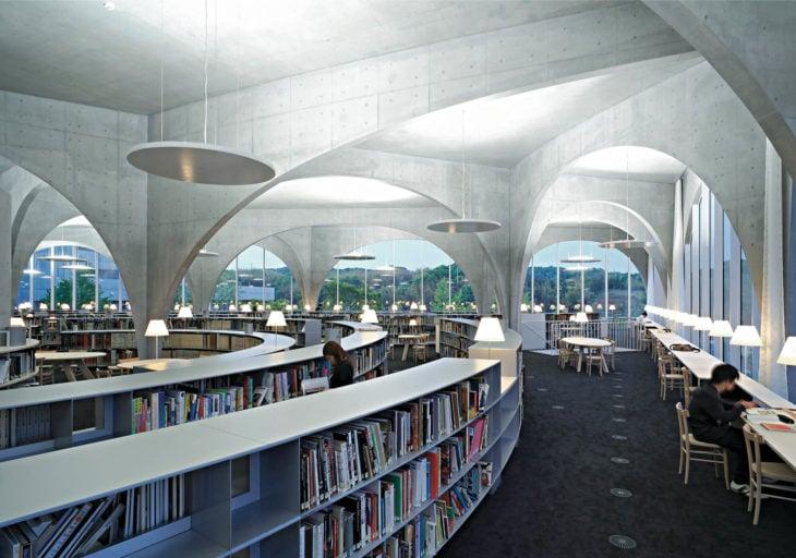 Biblioteca de la Universidad de Arte Tama