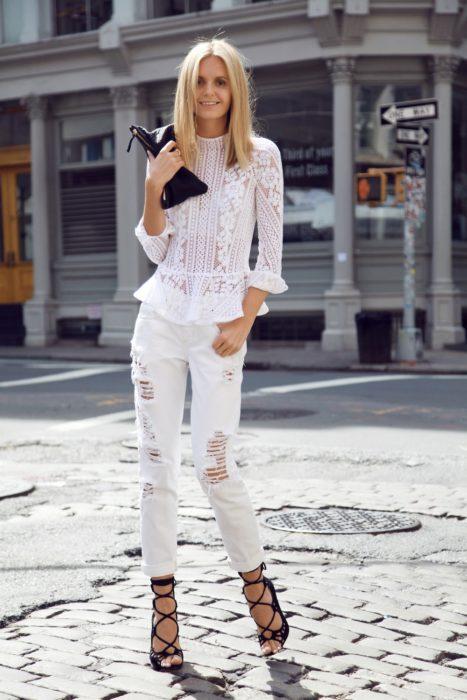 Blusa y pantalón all white