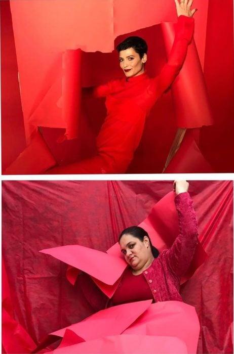 Renata Neia imita una foto donde una modelo posa vestida de rojo sobre fondo del mismo color