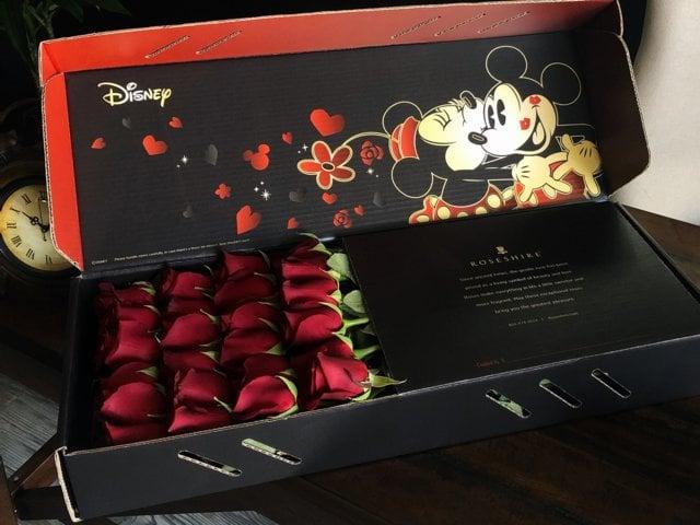 Caja de rosas de Rosehire inspirada en Mickey y Minnie Mouse