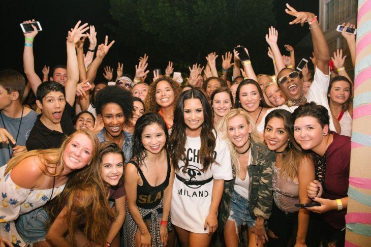 Demi Lovato y fans