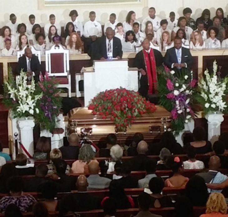 Servicio funerario de Noela Rukunda