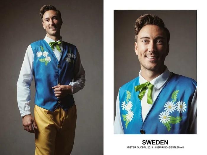 Hombre concursante de Mister Global se visten con su traje regional de Suecia