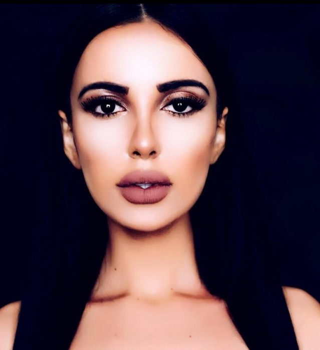 Jennifer Pamplona quería parecerse a Kim Kardashian