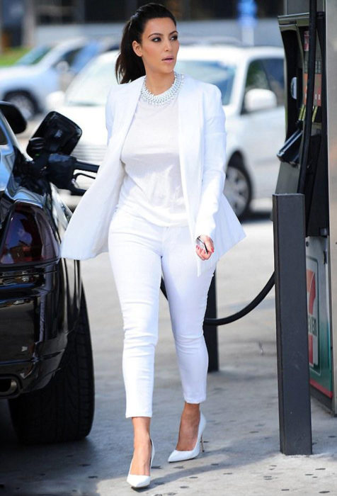 Kim Kardashian all white