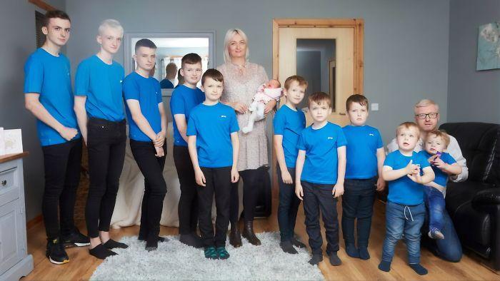 familia Brett de 10 hijos y una hija