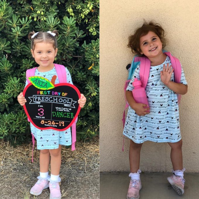 Niña con vestido azul cielo, sosteniendo una pizarra en forma de manzana, siendo fotografiada antes y después de su primer día de clases