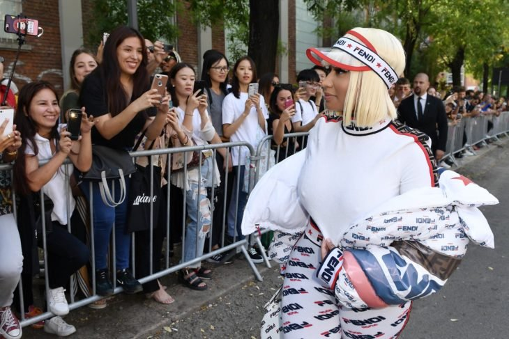 Nicki Minaj con fans