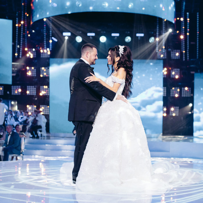 Aleksey Shapovalov y Ksenia Tsaritsina se casaron el lujosa ceremonia