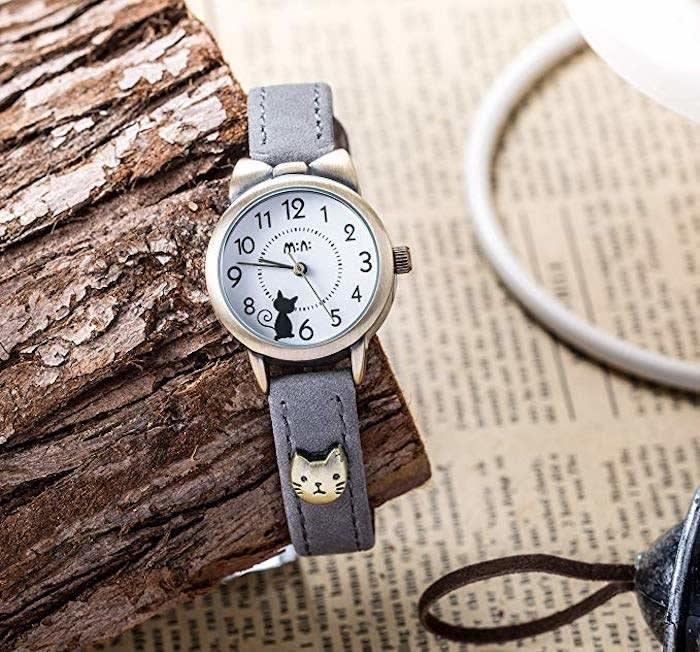 Reloj con imagen de gato