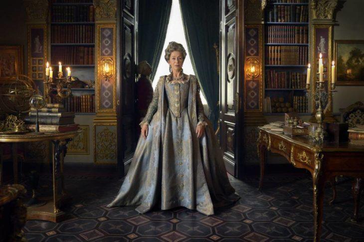 Helen Mirren, Jason Clarke, Gina McKee, Rory Kinnear y Joseph Quinn en la serie Catalina la Grande