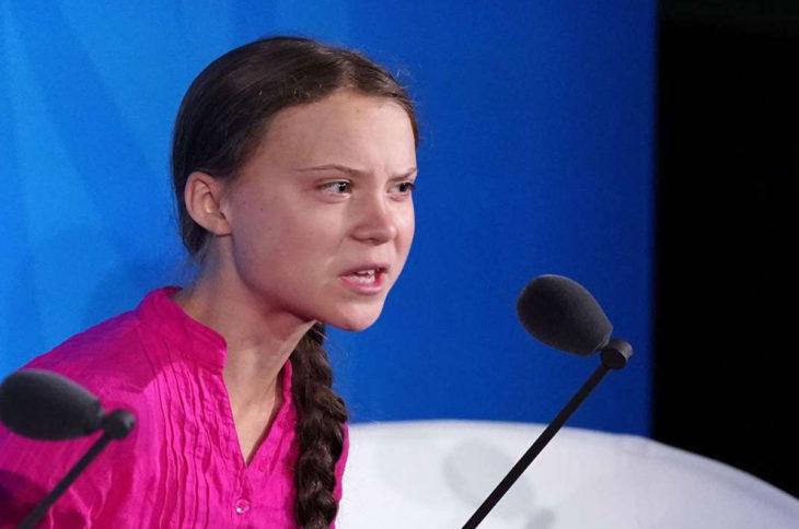Greta Thunberg durante su discurso en la Cumbre de la ONU con gesto molesto