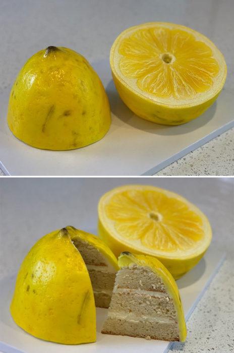 Pastel hiperrealista en forma de limón