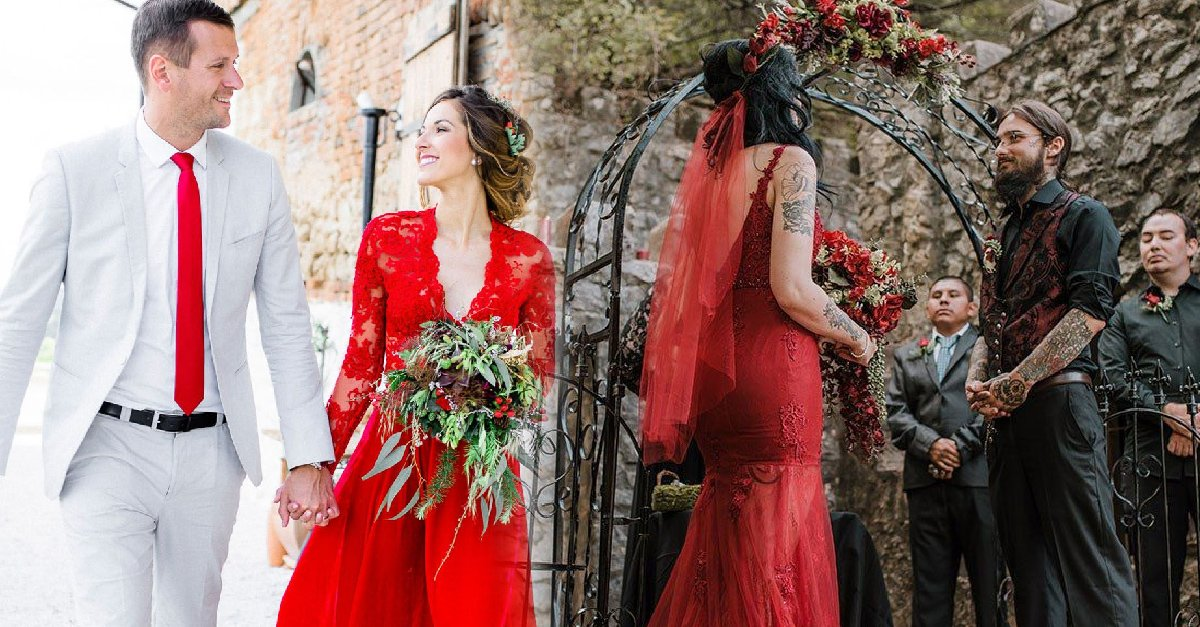 Para Las Más Atrevidas 15 Hermosos Vestidos De Novia Rojos