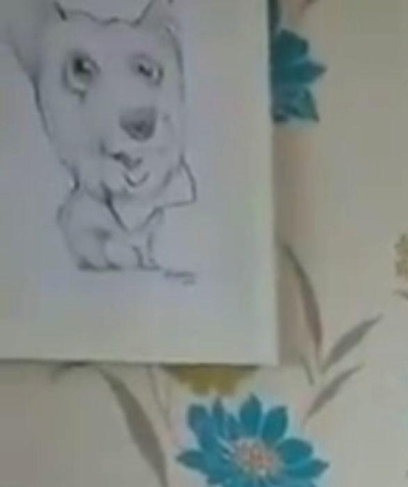 Abuelito se reencuentra con su perro después de salir del hospital; dibujo de mascota