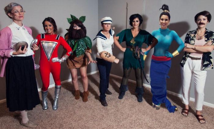 Chicas disfrazadas de los personajes de las películas de Robin Williams