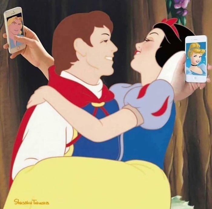 Príncipe cargando a Blancanieves mientras cada uno viendo fotos de otros personajes de Disney en sus celulares