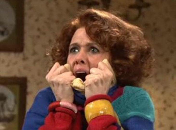 Kristen Wiig asustada gritando