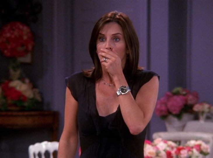Monica Geller de Friends asustada