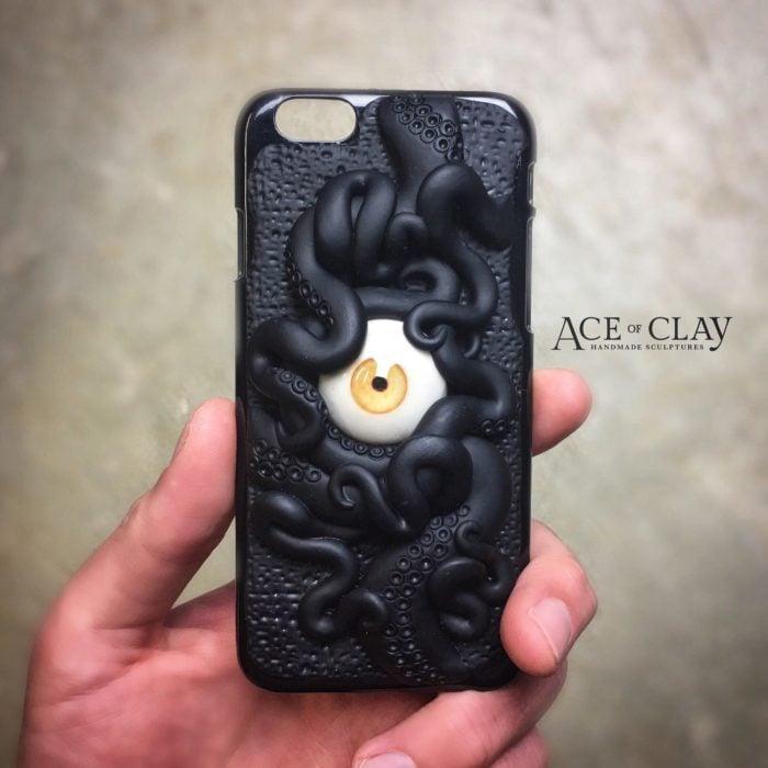 Case para celular con diseño de pulpo negro