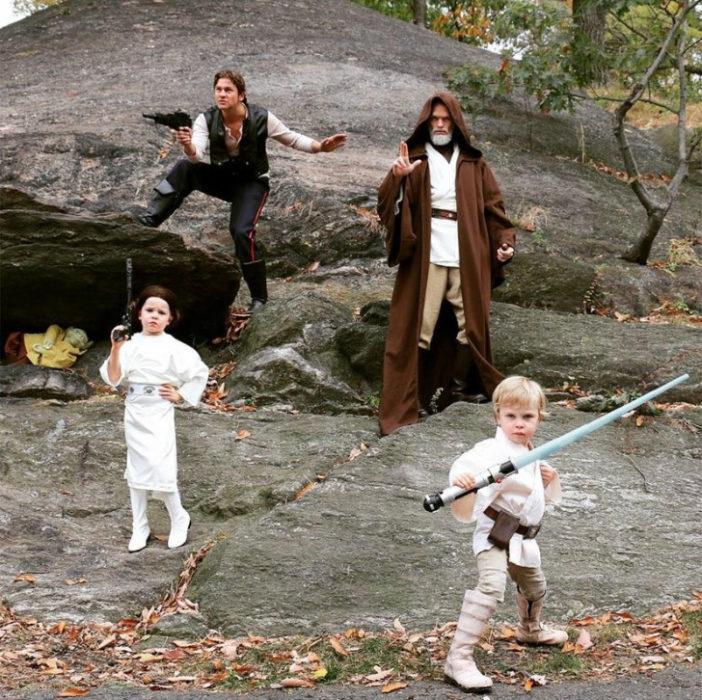 Hijos de Neil Patrick Harris disfrazados como jedis de Star Wars