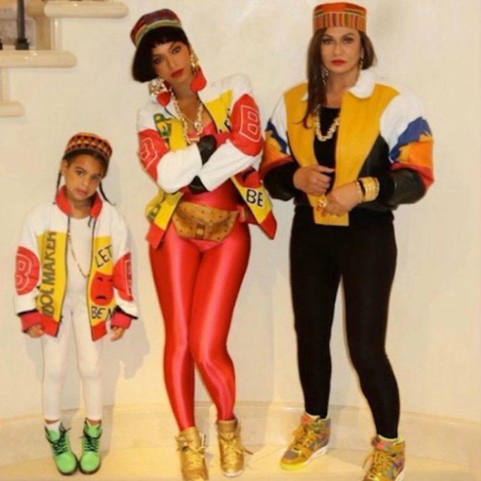 Beyonce y su hija disfrazadas como Mc Hammer