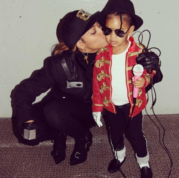 Hija de Beyonce disfrazada como Michael Jackson