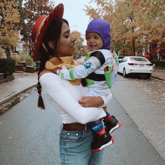 Disfraz madre e hijo de Woody y Buzz