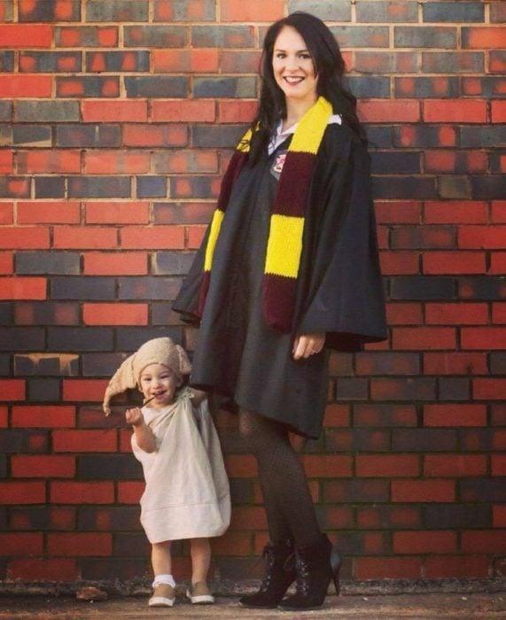 Dobby y Harry Potter disfraza