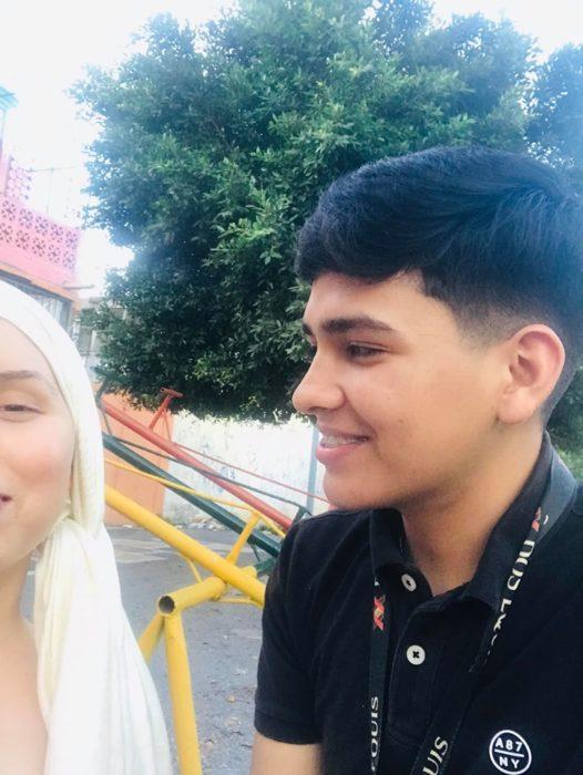Gustavo e Yleana sonriendo